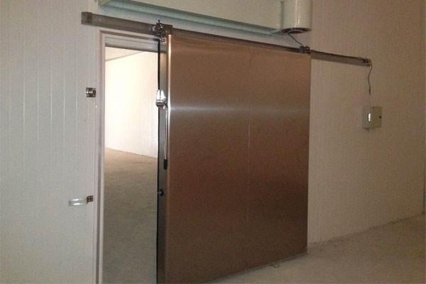 安装一扇好的电动冷库门可以更加节能